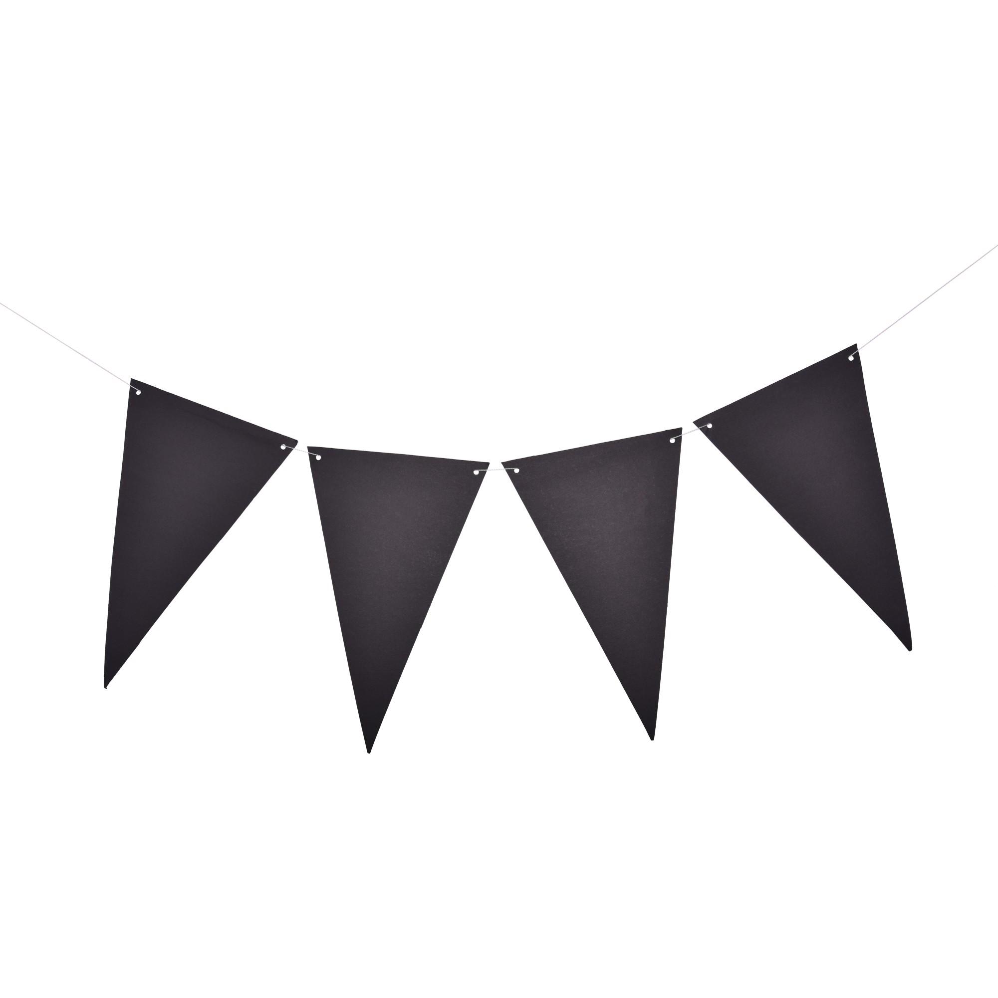 שרשרת דגלוני נייר שחורים עם גירים לכתיבה