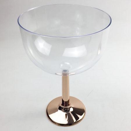 גביע קנדי, רוז גולד, גביע, כלי הגשה, סידור שולחן, עיצוב שולחן, גביע קנדי רגל רוז גולד, רוז גולד
