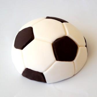 קישוט בצק סוכר - כדורגל
