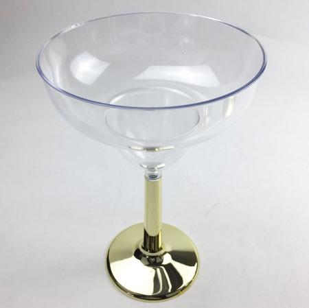 גביע מרגריטה, זהב, מרגריטה, גביע, כלי הגשה, סידור שולחן, עיצוב שולחן, גביע מרגריטה רגל זהב, כלי הגשה, גביע