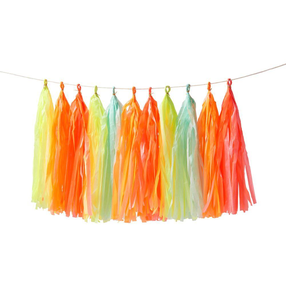 טאסל, שרשרת, שרשרת דגלים, קישוט, קישוטים למסיבה, יום הולדת, קישוטים ליום הולדת, נאון, ורוד, כתום, אווירה, Meri Meri, שרשרת טאסלים בצבעי נאון - Meri Meri