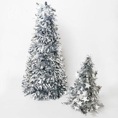 עץ אשוח כסף גדול