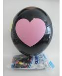 בלון גומי שחור עם הדפס לבבות צבעוניים