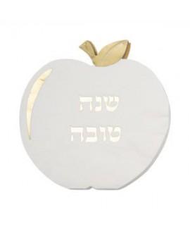 מפיות לבנות בצורת תפוח עם עיטור זהב