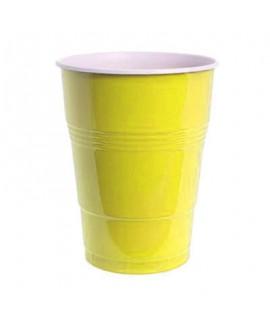 כוסות בירה צהובות מפלסטיק