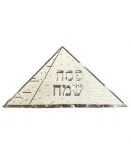 מפיות פירמידה עם הטבעה בכסף