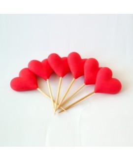 קישוט בצק סוכר - לבבות על קיסם אדום